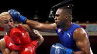 Arlen Lopez raih kemenangan atas Benjamin Whittaker, Rabu (04/08/2021). (Foto: Olympics)