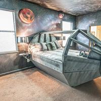 Serunya staycation di hotel bertema Star Wars (Foto: Airbnb)