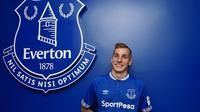 Lucas Digne resmi bergabung dengan Everton usai tinggalkan Barcelona (Foto: Everton FC)