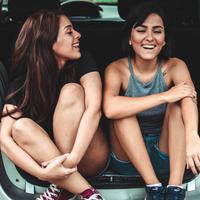 Tips memilih teman traveling yang tepat agar liburan menyenangkan. (Foto: unsplash.com)
