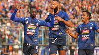 Arema FC meraih kemenangan 4-0 atas PSS Sleman di Stadion Kanjuruhan, Kabupaten Malang, Selasa (24/9/2019). (Bola.com/Iwan Setiawan)
