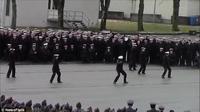 Berikut detik-detik aksi mengejutkan mereka melakukan flash mob atau tarian massal diiringi lagu Uptown Funk.