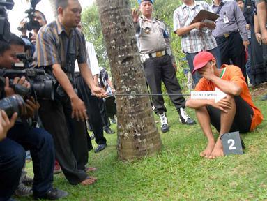 Polres Jakarta Selatan menggelar pra rekonstruksi untuk kasus dugaan pembakaran rumah Pipik Dian Irawati. (Liputan6.com/Miftahul Hayat)