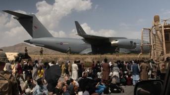 1.200 Warga Afghanistan yang Memenuhi Syarat ke Inggris Tak Berhasil Dievakuasi