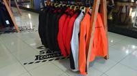 Untuk jaket-jaket khusus untuk bermotor, ternyata memiliki perlakuan tersendiri saat mencuci.