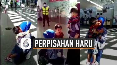 Beredar video perpisahan bocah dengan pengasuhnya yang kembali pulang ke Indonesia. Bocah itu seperti belum bisa menerima kepergian pengasuhnya itu.