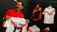 FX Hadi Rudyatmo meminta semua pihak mengutamakan tim kecil gagasan Presiden Joko Widodo agar semua persoalan sepak bola di Indonesia cepat berakhir. (Bola.com/Romi Syahputra)