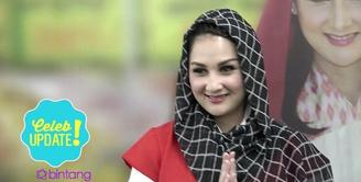 Mona Ratuliu tidak mengurangi kegiatannya di bulan Ramadan. Meskipun sibuk, Mona berharap bisa menghabiskan ibadah di bulan Ramadan bersama keluarga.