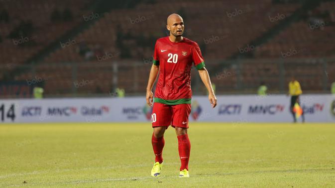 Sergio Van Dijk saat membela timnas Indonesia. (Bola.com/Nicklas Hanoatubun)