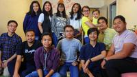 Kumpulan Pelajar Indonesia di Lorraine, Prancis, Saat Buka Puasa Bersama (Foto: PPI Lorraine, Prancis)