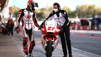 Andi Gilang pada sela-sela balapan MotoGP Catalunya, 27 September 2020. (Istimewa)