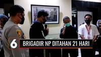Buntut dari tindak kekerasan yang dilakukannya kepada mahasiswa, Brigadir NP dikenakan sanksi berat. Hukuman berlapis yang diberikan berupa sanksi demosi, hukuman penjara di ruangan khusus Propam selama 21 hari dan penundaan kenaikan pangkat.