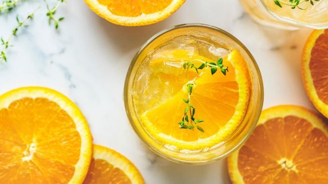 cara membuat jus jeruk peras yang super segar dan nikmat
