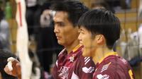 Rivan Nurmulki saat memperkuat Nagano Tridents melawan  Suntory Sunbirds dalam lanjutan V.League Division 1 Jepang, Minggu (1/11/2020) (foto: Instagram @melt_aya.0205)