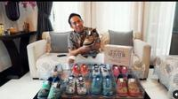 Jual Sepatu Batik, Denny Cagur Klaim Produknya yang Pertama Pakai Kode QR. (dok.Instagram @dennycagur/https://www.instagram.com/p/CNd0nEonBqz/Henry)