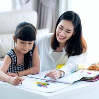 Memulai homeschooling./Copyright shutterstock.com/g/aneoho