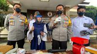 Jajaran Satuan Narkoba Polresta Bandung mengungkap 26 kasus tindak pidana penyalahgunaan Narkotika di wilayah Kabupaten Bandung, Jawa Barat, Senin (5/4/2021). (Foto: Polresta Bandung)