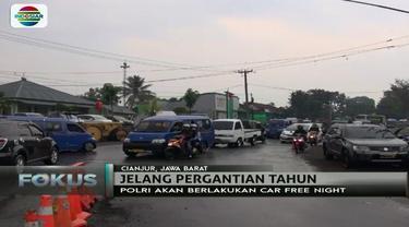 Jelang puncak tahun baru, ini antisipasi Polri terkait kepadatan kendaraan di jalur Puncak menuju Cianjur, Jawa Barat.