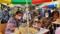 Menko Bidang Ekonomi Airlangga Hartarto mengatakan program Kartu Prakerja mampu membangkitkan semangat masyarakat untuk berwirausaha tanpa pandang usia di masa pandemi. (Liputan6.com/HO/Askrindo)