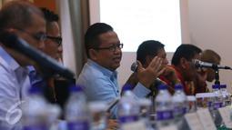 Ketua KEIN Soetrisno Bachir memberikan penjelasan saat FGD KEIN di Jakarta, Rabu (5/10). Adanya roadmap ini diharapkan dapat mendorong industri pariwisata Indonesia dalam 30 tahun ke depan atau hingga 2045. (Liputan6.com/Angga Yuniar)