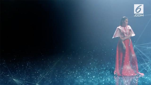 Penyelenggara resmi merilis lagu tema Asian Games 2018 yang dinyanyikan oleh Via Vallen berjudul 'Meraih Bintang'.