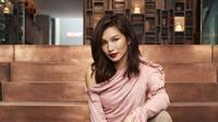 Berikut penampilan bintang Crazy Rich Asians, Gemma Chan yang menggunakan busana rancangan desainer asal Asia. (Foto: instagram/ gemma_chan)