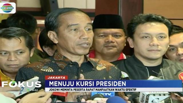Di hadapan para kader kepala daerah dan DPRD, Jokowi meminta mereka memanfaatkan sisa waktu secara efektif.