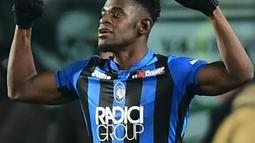 2. Duvan Zapata (Atalanta) - 22 gol dan 7 assist (AFP/Miguel Medina)