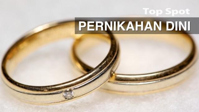 Pernikahan dini terjadi ada yang karena paksaan orangtua atau karena keinginan si pengantin itu sendiri.