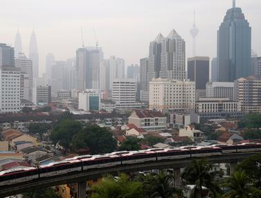 Kabut Asap Pekat Selimuti Kuala Lumpur