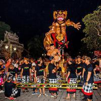 Pawai ogoh-ogoh telah menjadi daya tarik sendiri bagi para wisatawan yang berkunjung ke Bali saat perayaan Nyepi.