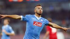 Pemain Napoli, Omar El Kaddouri merayakan gol yang dicetaknya ke gawang Midtjylland pada laga Liga Europa di  Stadion San Paolo, Itali, Jumat (6/11/2015) dini hari WIB. Napoli berhasil menang 5-0. (Reuters/Ciro De Luca)