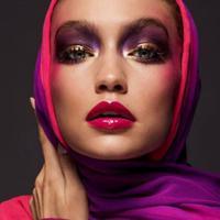 Gigi Hadid terbuka mengenai agama yang dipeluknya yakni, Islam. (Vogue)