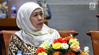 Menteri Sosial Khofifah Indar Parawansa rapat kerja dengan Komisi VIII DPR di Kompleks Parlemen, Senayan, Jakarta pada Selasa (17/10). (Liputan6.com/Johan Tallo)