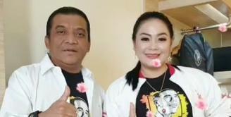 Istri Didi Kempot Yan Vellia (Instagram/yanvellia_dkmanagement)