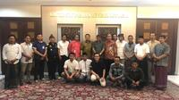 Kepala Staf Kepresidenan, Dr Moeldoko bersama Dirjen Bea dan Cukai, bertemu Asosiasi Petani Tembakau Indonesia. Dok KSP