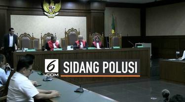 Sidang gugatan perdata atas polusi udadar di Pengadilan Negeri Jakarta Pusat ditunda. Majelis Hakim Saifudin Zuhri mengatakan, sidang ditunda hingga 3 minggu ke depan. Hakim Saifudin meminta, kepada seluruh pihak baik penggugat maupun tergugat untuk ...