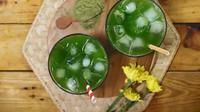 Es soda matcha, salah satu rekomendasi menu buka puasa. (dok. screenshot video Vidio.com @KokikuTV)
