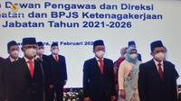 Pelantikan Dewan Pengawas dan Direksi BPJS Kesehatan 2021-2026 oleh Presiden Joko Widodo (Jokowi) di Istana Kepresidenan Jakarta pada Senin, 22 Februari 2021. (Sekretariat Kabinet RI)