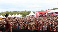 Musik dangdut mampu membuat acara Crossborder Festival 2016 menjadi lebih seru dan menarik wisatawan, terutama Malaysia.