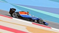 Pebalap Manor Racing asal Indonesia, Rio Haryanto, berada di peringkat ke-22 latihan bebas pertama F1 GP Bahrain, Jumat (1/4/2016). (Bola.com/Twitter/Manorracing)