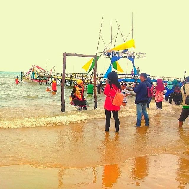 Wisata Ke Pulau Lombang