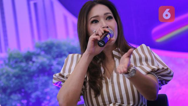 Maia Estianty Sebut Ahmad Dhani Ambil Liriknya untuk Lagu Risalah Hati