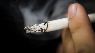 Gambar Ilustrasi Kebiasaan Merokok