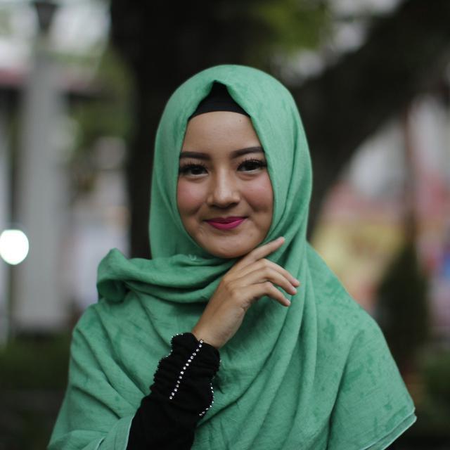 Tips Cara Berhijab Pashmina Kekinian Simpel Dan Rapi Ramadan Liputan6 Com