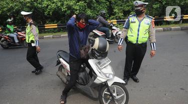 Tim Gabungan Perketat Perbatasan Kota Jakarta