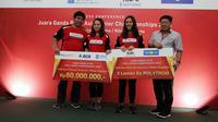 PB Djarum memberikan apresiasi senilai Rp 60 juta kepada ganda putri Indonesia, Febriana Dwipuji Kusuma/Ribka Sugiarto atas keberhasilannya meraih gelar juara di Kejuaraan Asia Junior 2018. (dok. PB Djarum)