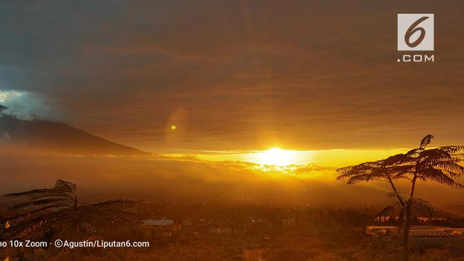 Hasil kamera Oppo Reno 10x Zoom untuk memfoto matahari pagi. (Liputan6.com/ Agustin Setyo W)