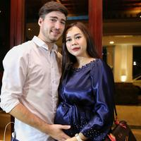 Aura Kasih (Adrian Putra/Fimela.com)