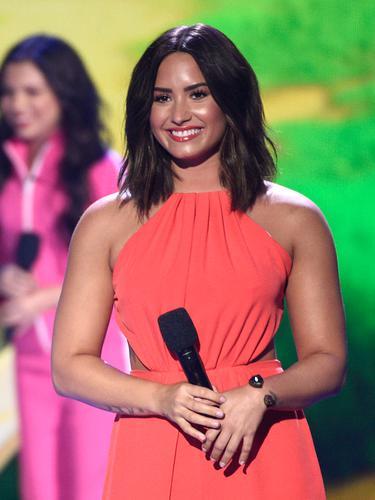 Kids-Choice-2017-Demi-Lovato